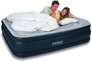 Intex Deluxe Raised Comfort Pillow Rest